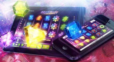 Vad är skillnaden mellan vanliga och mobila casinon